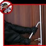 Hırsızın Açtığı Çelik Kapılar